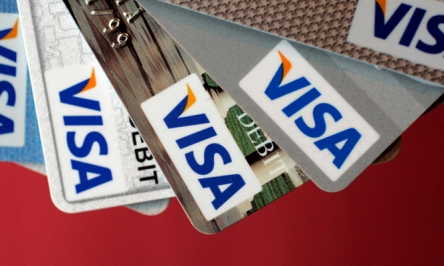 Which Visa Card To Get To Boost Your Credit Score