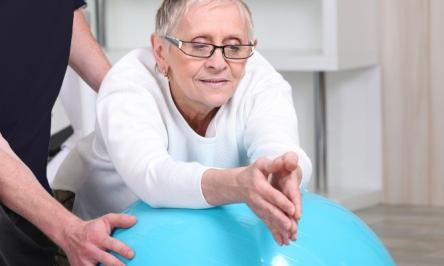 Hip Bursitis Pain: Symptoms And Treatment Options