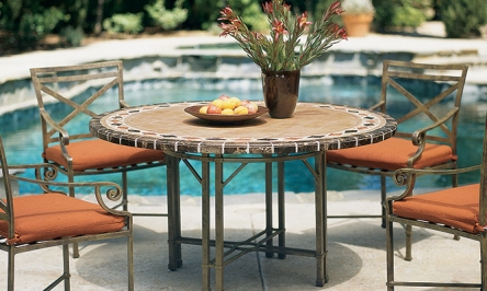 Finding Clearance Patio Furniture Sets For Sale