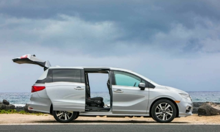 Luxurious Minivans for you to choose from